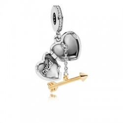 Arrow of loved charms